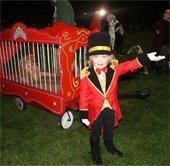 carnival leader